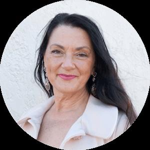 Shari Elle Communications Trainer